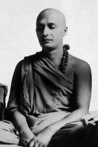 swami-satyananda-joven
